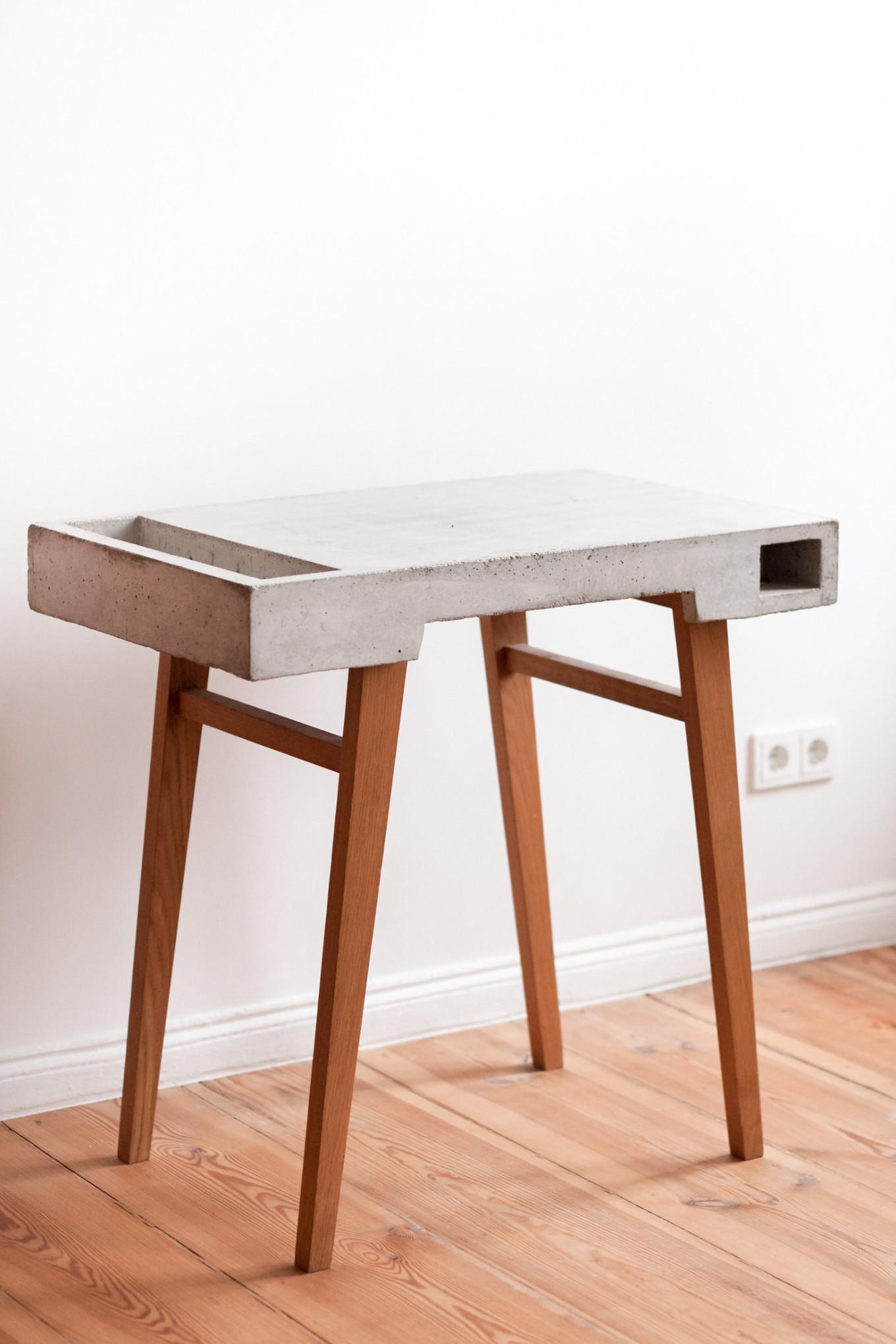 Concrete Tisch Sigurd Larsen