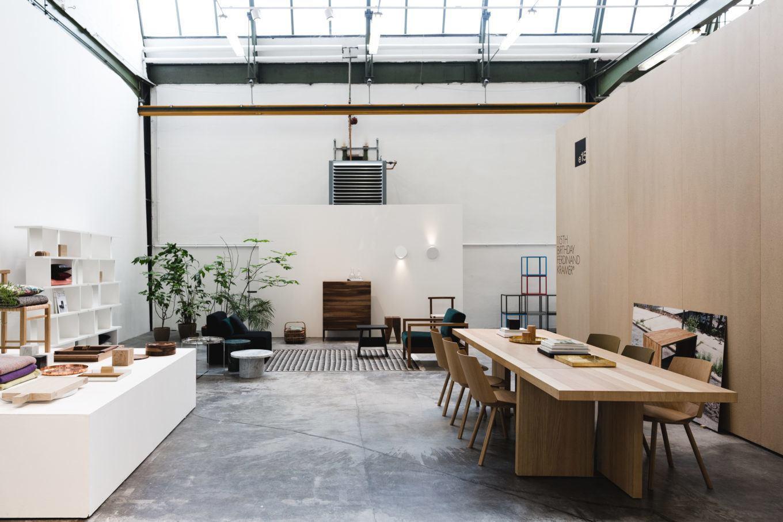 e15 Showroom